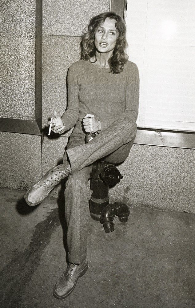 Vintage candid of Lauren Hutton // photo credit: Ron Galella/WireImage