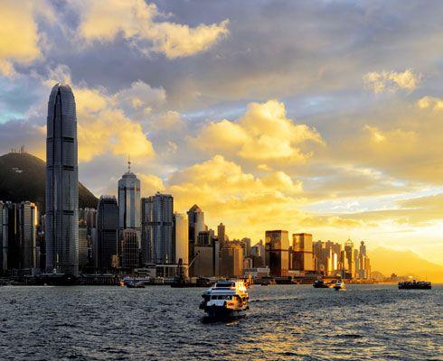 Hong Kong face parte din orasele asiatice cu o dezvoltare impresionanta. Hai sa-l admiri intr-o noua perspectiva foto!