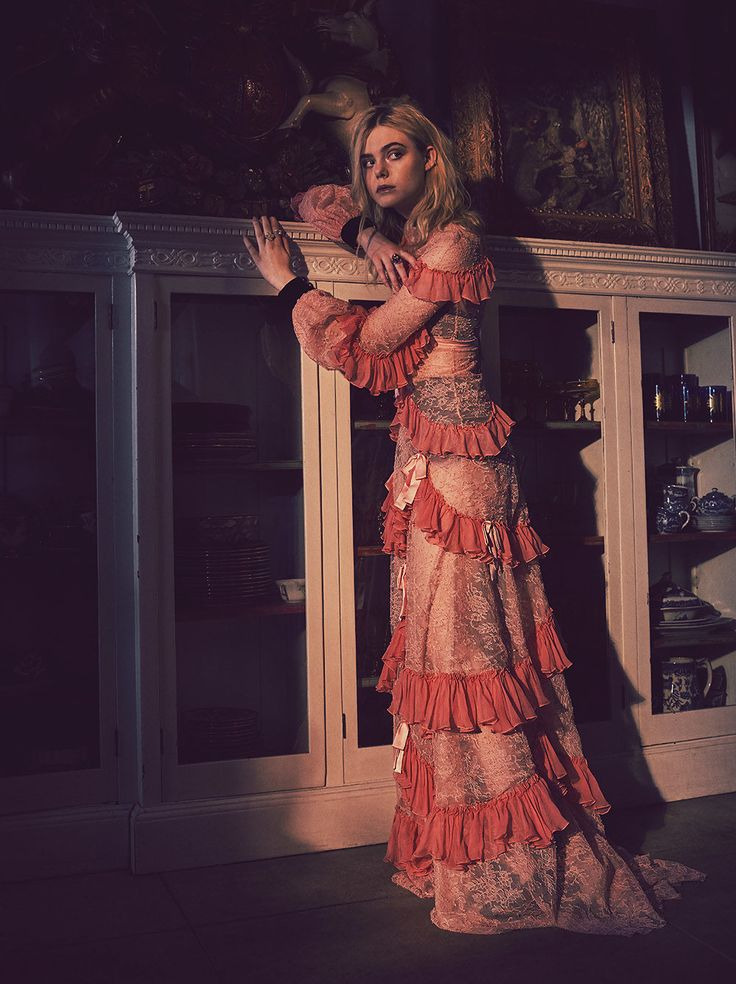 Elle Fanning - C magazine 2016 Winter Issue. - Elle Fanning Place