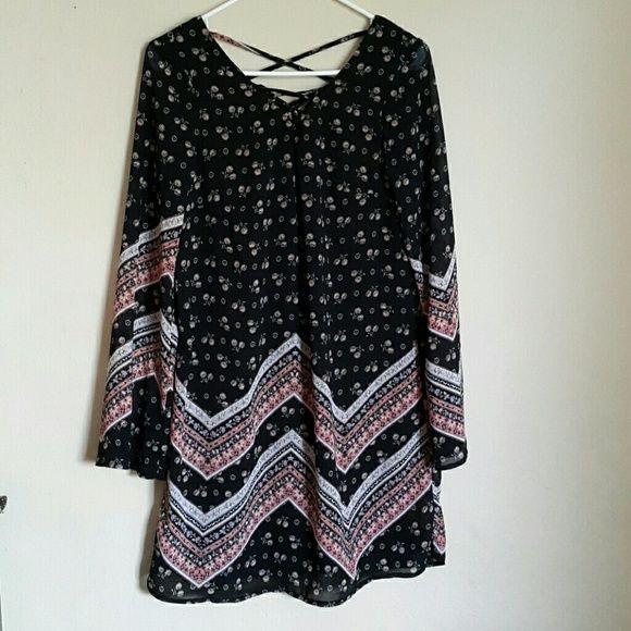 Black floral dress Beautiful floral dress. New. Xhilaration Dresses Midi