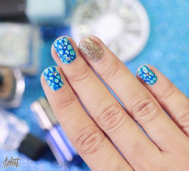 Интересный маникюр со стразами ::: onelady.ru ::: #nail #nails #nailart #manicure