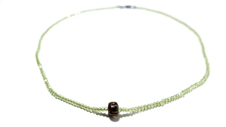 Necklace from Peridot and a stone of Smoky Quartz -Price:60€
