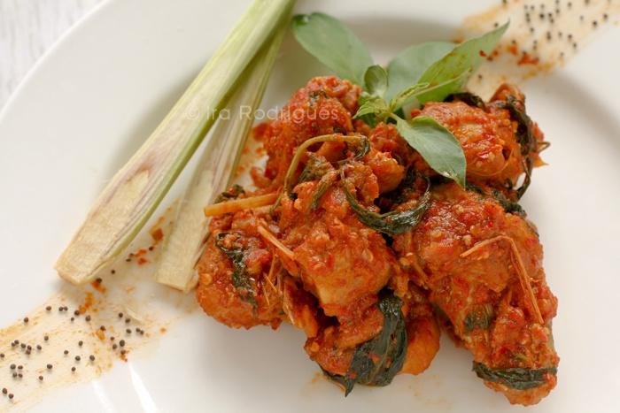 Ayam rica-rica / Menadonese style spicy chicken