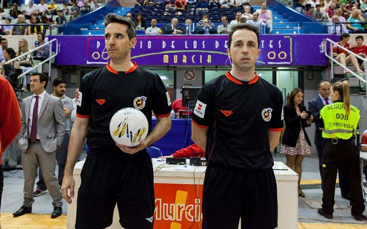 Cuartos de final futbol-sala. Primera división, temporada 15/16.  Pareja arbitral: Emilio Bernabeu Haro- Carlos Rabadan Sainz
