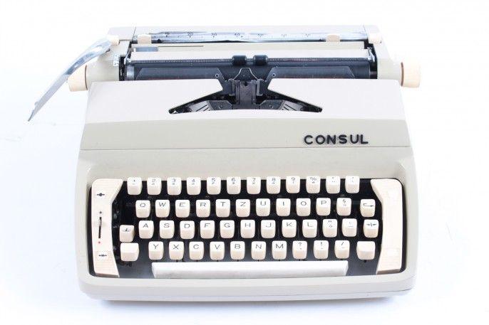 Mechanický psací stroj Consul 223.1