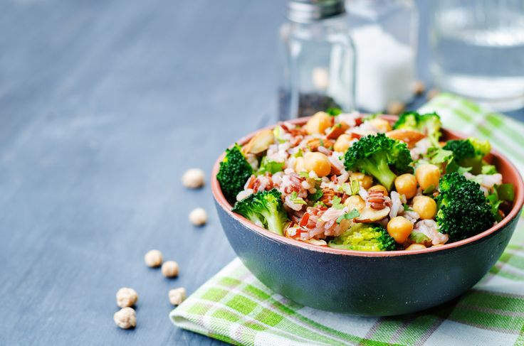 This chickpea and orange salad can be made ahead and dressed close to serving. Serve this high-fibre salad with chargrilled chicken, fish or lamb cutlets.