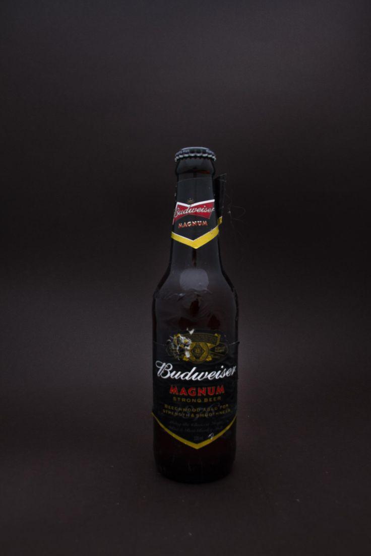 BUDWEISER MAGNUM - Beer - Products Hopscorkenbottle.com #IndianBeer #Beer #BudweiserMagnum