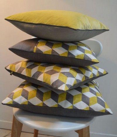 34 best images about canapes et fauteuils on pinterest. Black Bedroom Furniture Sets. Home Design Ideas