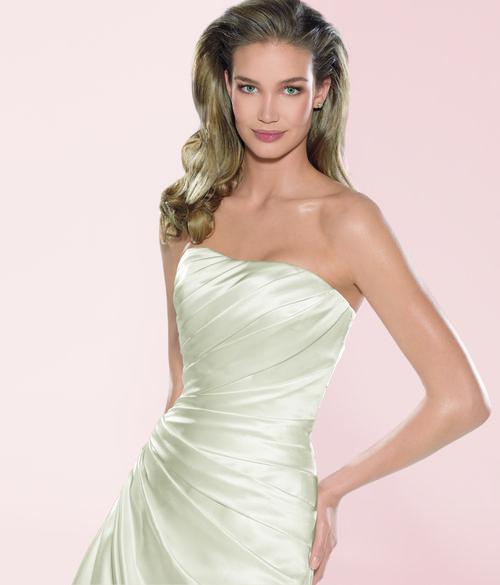 Diana 243 - Bruidsmode - Bruidscollecties -