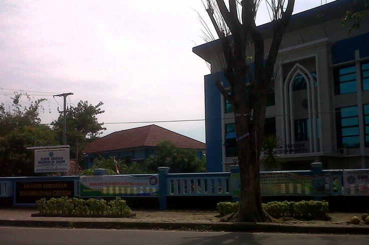 Akbid Muhammadiyah Cirebon Jalan Kalitanjung, Kota Cirebon, Jawa Barat, Indonesia. photo cp 20 Juli 2014
