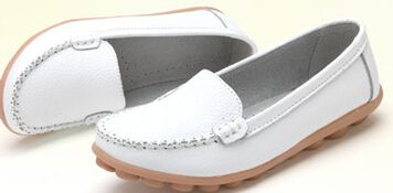 $15.99 (Buy here: https://alitems.com/g/1e8d114494ebda23ff8b16525dc3e8/?i=5&ulp=https%3A%2F%2Fwww.aliexpress.com%2Fitem%2F2016-Plus-Size-40-41-Women-Shoes-Genuine-Leather-Flats-Woman-Causal-Sapato-feminino-PU-Round%2F32611200667.html ) 2016 Plus Size 40 41  Women Flats Shoes Genuine Leather Woman Causal Sapato feminino PU Round Toe White Nurse Shoes Ladies Shoes for just $15.99