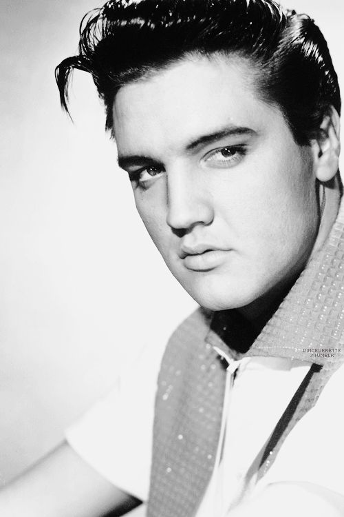 """Elvis photographed for """"King Creole"""", 1958.  If ur lookin for trouble , then you came to the right place....."""