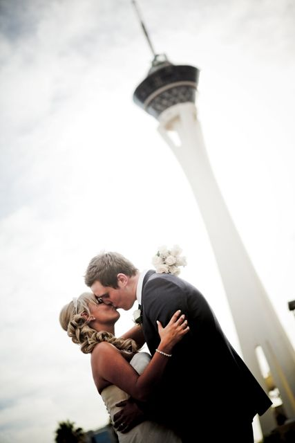very affordable and not too tacky Wedding Packages in Las Vegas | Las Vegas Wedding Packages