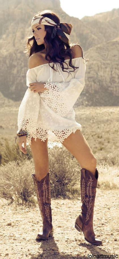 Love the shoes and bandana with innocent white shirt tunic in lovely boho bohemian chick girl beauty flowery gipsy hippy hippie style. Check for more on pinterest.com/ninayay and stay positively #pinspired #pinspire