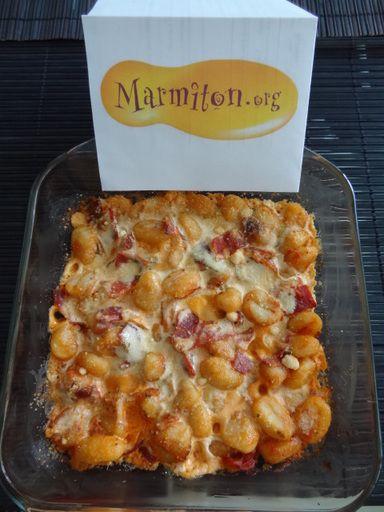 gnocchi, crème, tomate, beurre, jambon, basilic, fromage râpé