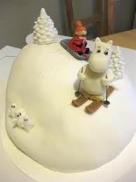 moomin cake - couls this be a Christmas cake?