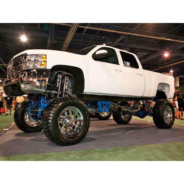 This CHEVY GURLY LOVES ALLLL CHEVY TRUCKS !!!!!