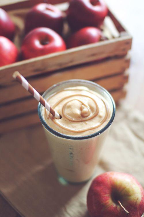 9 High-Protein Smoothies That Taste Like a Milkshake