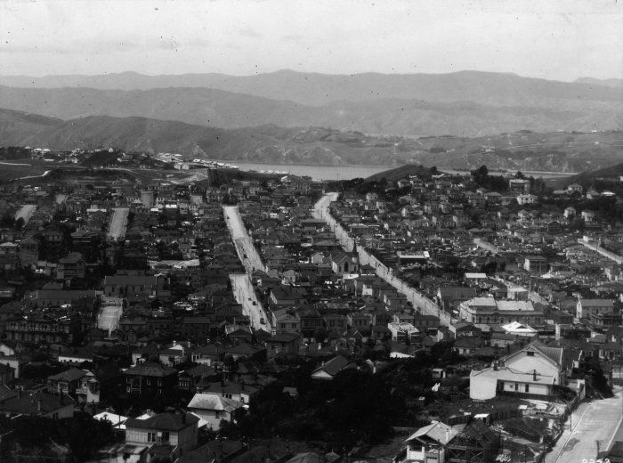 Overlooking the suburb of Newtown, Wellington, [ca 1920] Reference Number: 1/2-152782-F Overlooking the suburb of Newtown, Wellington, circa 1920. From left to right: Green Street (foreground) Wilson Street (with break at centre), and Constable Street. Photographer unidentified.