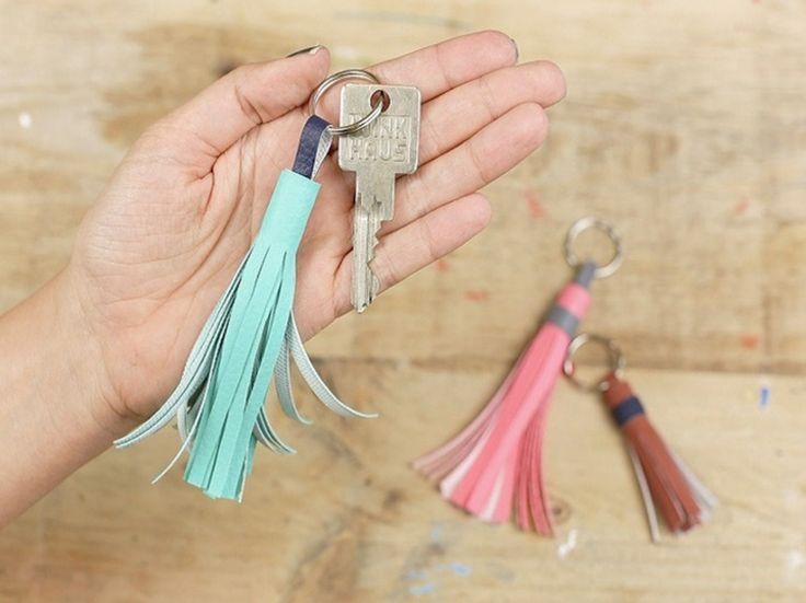 Tutoriel DIY: Créer le porte-clés pompon via DaWanda.com