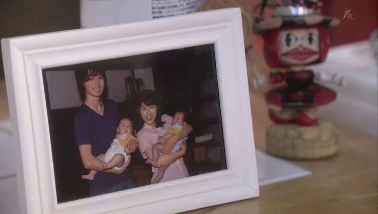 Kontani's Family. Keita, Mare, baby Takumi and Ayumi #YamazakiKento #TaoTsuchiya Asadora Mare