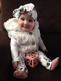 Top knot & leggings for babies.  Love!