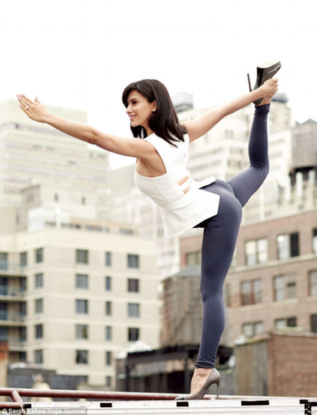 Hilaria Baldwin Reveals Alec Pleaded She Give Her Yoga