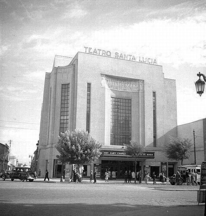 Chile, Santiago. Teatro Santa Lucía, estaba ubicado en la Avenida Alameda de Santiago. Foto de 1940. Demolido en la década de los 70`s