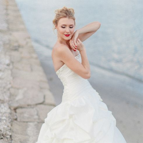 Your Bridal Body: A Yoga Sequence to Prep You For the Big Day