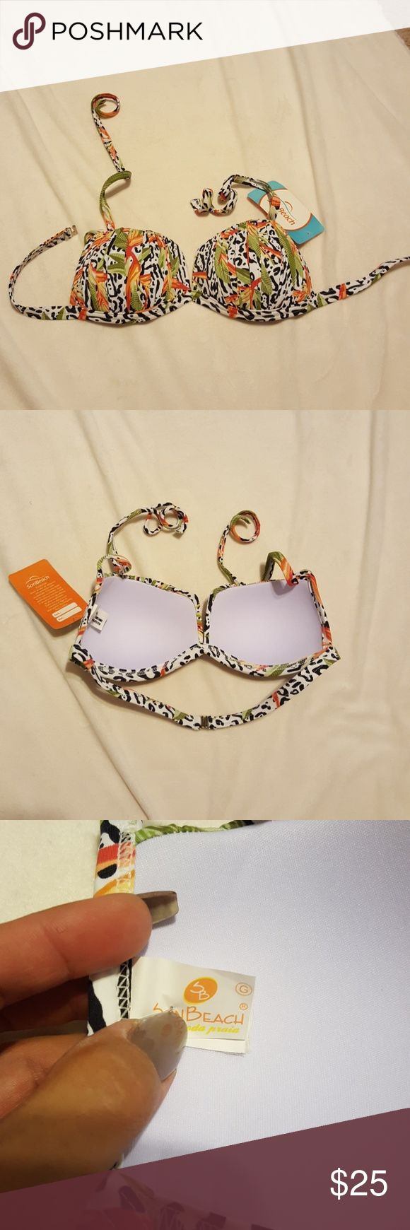 Brazilian bikini top Adorable brazilian bikini top. Molded cups. Size G, equals american size medium. Swim Bikinis