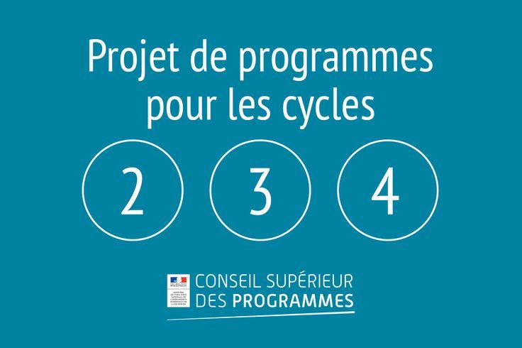 Le président du Conseil supérieur des programmes a remis le projet de programmes pour les cycles d'enseignement 2, 3 et 4 à la ministre, le vendredi 18 septembre 2015 au ministère de l'Éducation nationale.