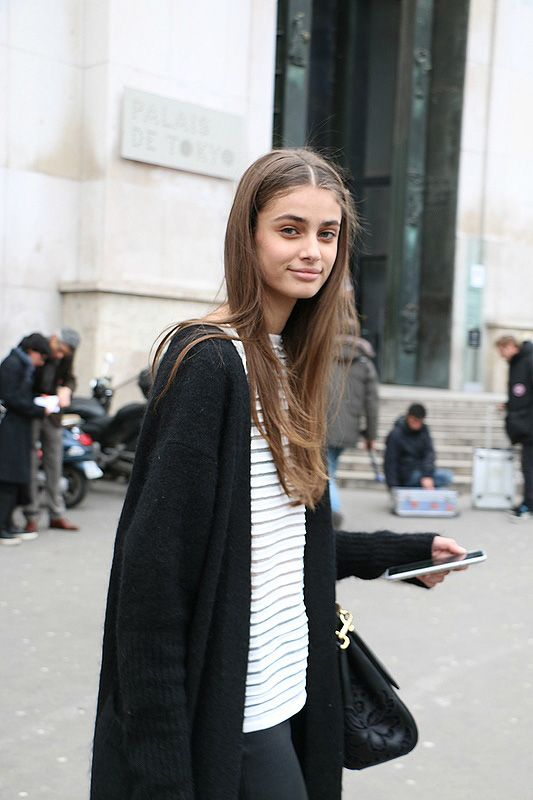 runwayandbeauty:  Taylor Marie Hill outside Each x Other, Paris Fashion Week Fall 2015, Day 1. Source: capt.charly