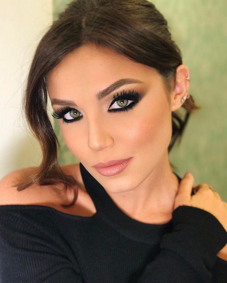 """66 mil Me gusta, 592 comentarios - Mariana Sampaio (@mariana) en Instagram: """"overdose de @jimmypaladino pronta pra hoje! nunca uso olho preto! que tal?! cabelo por…"""""""