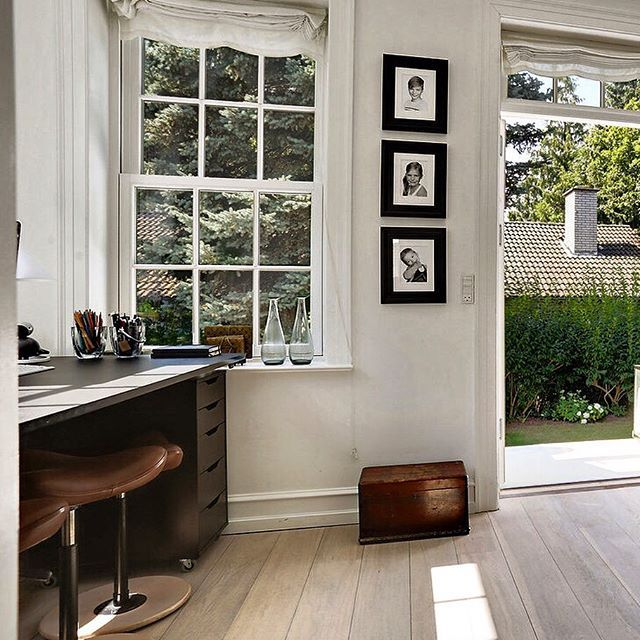 The home of jewelry designer Julie Sandlau
