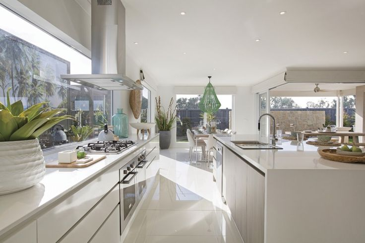 Vancouver 33 Kitchen - Resort Kitchen Design