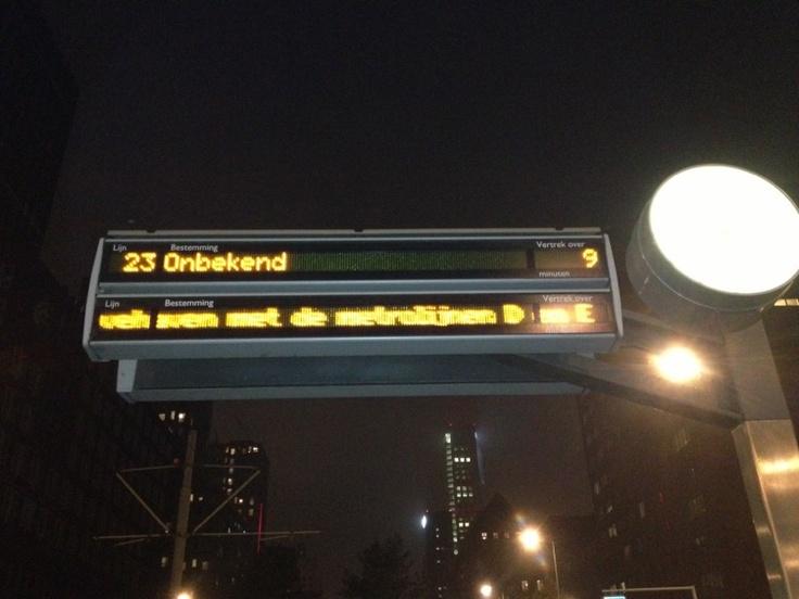 Laat me denken aan Harry Potter, hun trein ging ook naar een onbekende bestemming. In dit geval de Tram :).