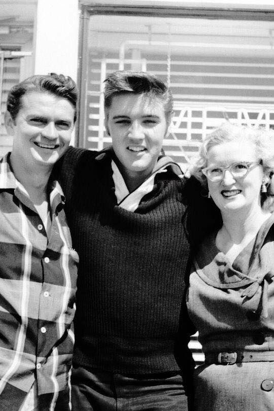 Elvis Sam Phillips and Marion Keisker Sun records Studio Memphis, 1956.