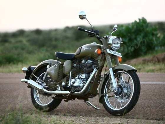 Royal Enfield Bullet Classic 2.0, 500cc, khaki color isn't it beauty...
