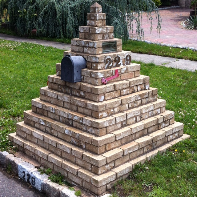 7 Clever Ideas For A Secure Remote Cabin: 1000+ Ideas About Brick Mailbox On Pinterest