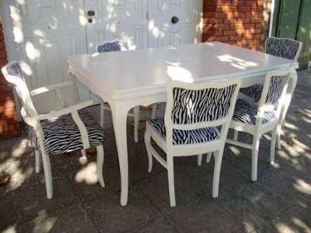 sillas modernas con mesa antigua - Buscar con Google