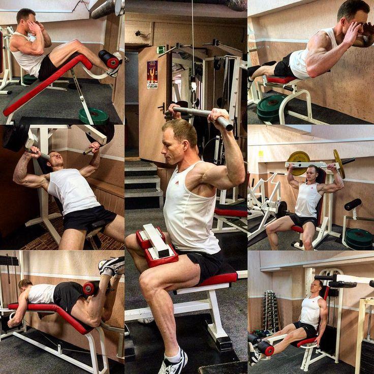Программа для начинающих спортсменов. 👍🏻 💪🏻 😊👌 Цель программы:  1. Правильно научиться и проработать технику упражнений.  2. Войти в ритм тренировочного процесса.  3. Укрепить весь мышечный корсет.  Акцент программы на большие группы мышц: спина, грудь, ноги, плечи. !Для желающих сбросить лишний вес! добавляем 20 минут в конце тренировки кардио на тренажере.  Заметки к программе: - время тренировки около 1ч (без кардио); - отдых приблизительно: между упражнениями 2 минуты, между…