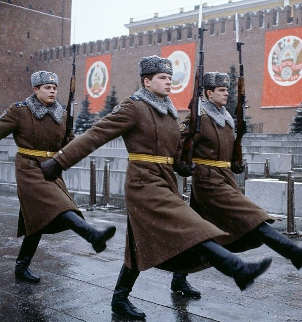 """partisan1943: """" Soldiers of the KGB Kremlin Regiment on changing the guard on Lenin's Mausoleum. """""""