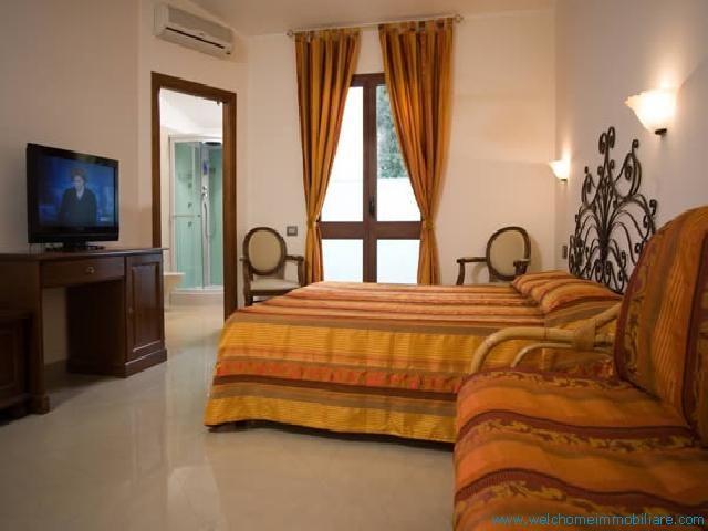 WelcHome Immobiliare - Hotel in vendita a Carloforte, zona Corso Cavour a € 7.000.000,00