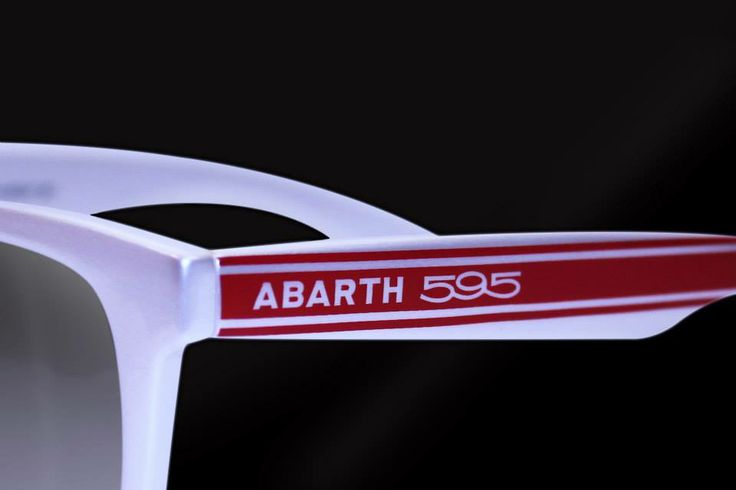 Italia Indepenent Fiat Abarth 595.