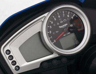 2007 Triumph Tiger 1050 dash