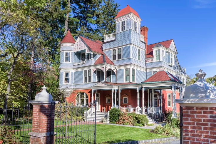 Majestic victorian on the hudson river asks 5m