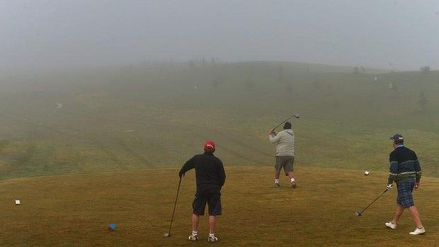 On a five-kilometre stretch of Victoria Road, behind Lilydale in the Yarra Valley, there are three golf courses. The oldest was built six ye...