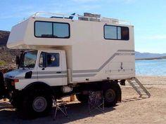 Unimog U1300L campera