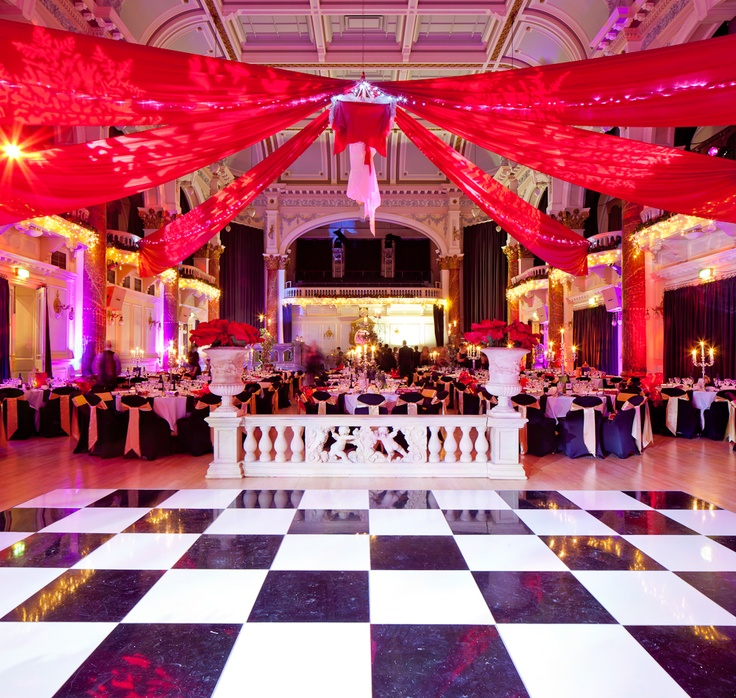 Draping over the dancefloor.. this gives a completely different look to the venue and is perfect for a Masquerade themed night!