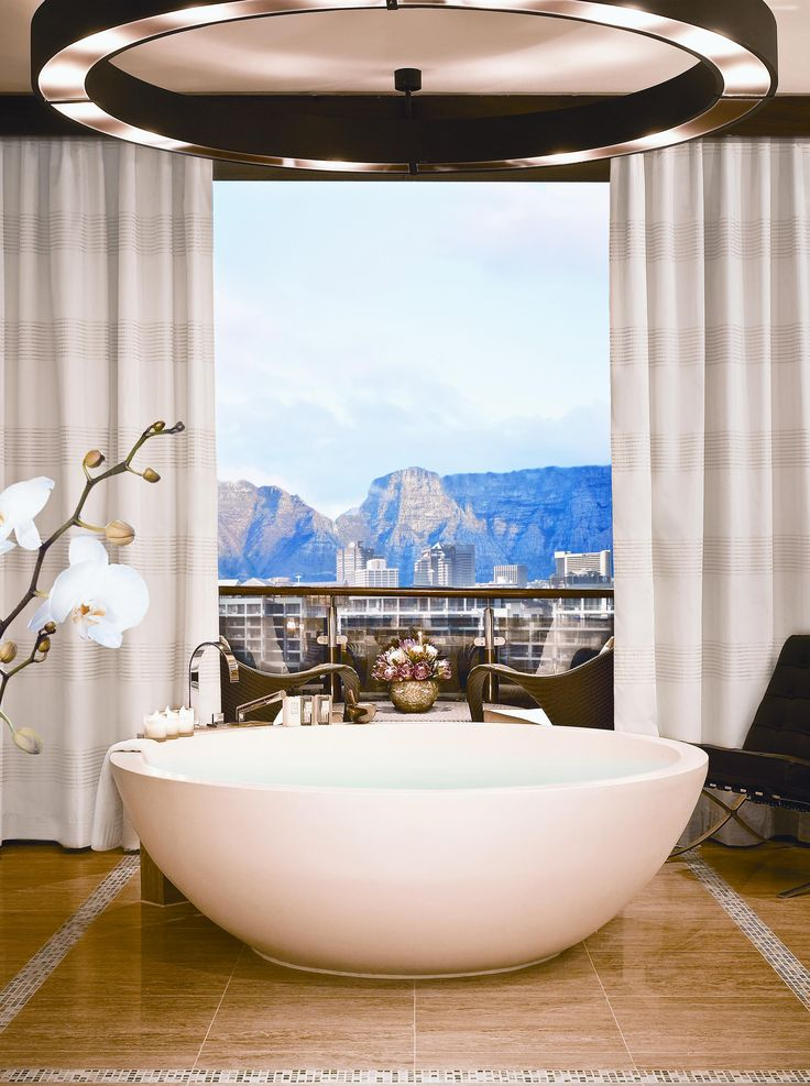OneOnly Hotel in Cape town offers you the best view of Table Mountain...straight from the comfort of your bathtub!
